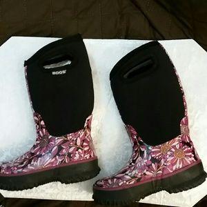 Girls Pretty Flower BOGS rain boots sz.12